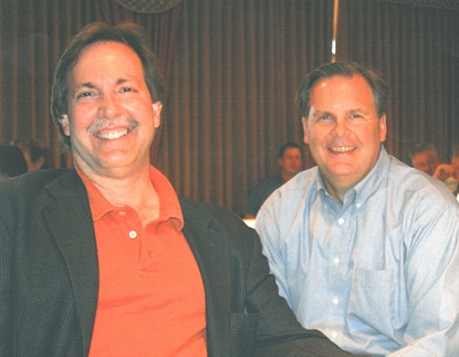 Bob Ulrich (left, with MTD Publisher Greg Smith) ceaselessly championed the independent tire dealer during his career.