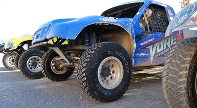 Kenda tires will run exclusively on Vore 2016 Roush Mustangs, Ford F-150 Raptors and Vore challenge racing trucks.