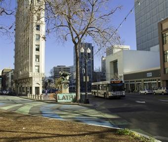 Photo courtesy of AC Transit.