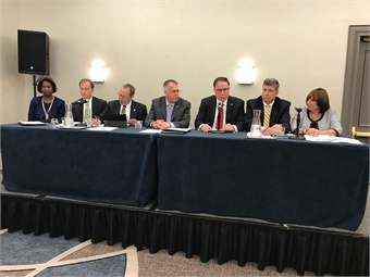 At a press briefing, APTA and several transit leaders from across the nation called on the Trump Administration to continue federal support of public transit programs.