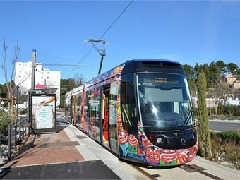 Public transport use in Aubagne, France has markedly increased since going fare free. This photo was taken by Florian Fèvre from Mobilys