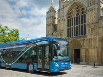 BAE Systems offers two zero-emission options for transit bus agencies to help cities reach their goals of lower emissions.