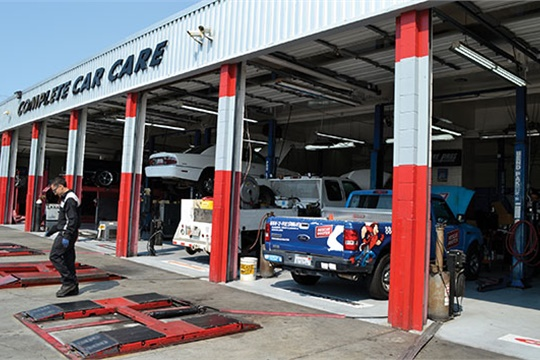 "Redwood General Tire approaches the day with a rolling start. The store opens at 7 a.m. with the full sales team. Technicians start at 8:15 a.m. and roll their first cars into the bays. The tire crew reports for duty at 8:30 a.m. ""There's no sense in overlapping times,"" Barbara says. ""You might as well put people to work."""