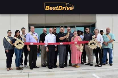 On June 21 BestOne employees in San Antonio and representatives of the local chamber of commerce gathered for a grand opening event.
