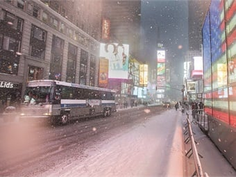 The MTA's bus fleet navigated the streets of Manhattan in the early stages of Storm Juno on January 26, 2015. Photo: Metropolitan Transportation Authority / Patrick Cashin.