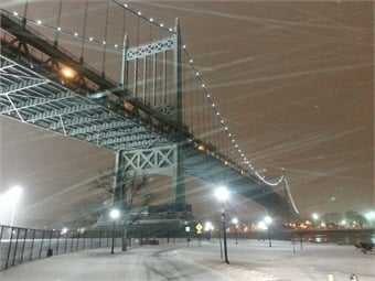 The Queens span of RFK Bridge during the beginning of Winter Storm Juno on January 26, 2015. Photo: MTA Bridgets and Tunnels / Ray Higgins