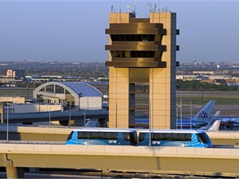 An INNOVIA Automated People Mover at Dallas/Fort Worth International Airport.