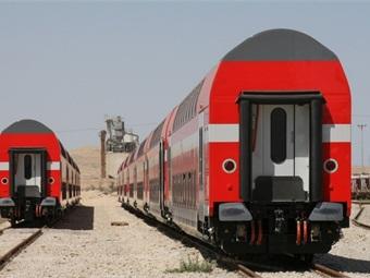 Bombardier Transportation's TWINDEXX Vario double-deck coaches.