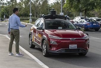 The BotRide pilot represents an important step in the deployment and eventual commercialization of a growing new mobility business. (photos: Hyundai)