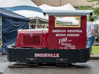 A 1930s-era Ford-powered V8 gasoline switchinglocomotive restored by American Industrial CompanyMuseum. (Photo by Chris Lasher)