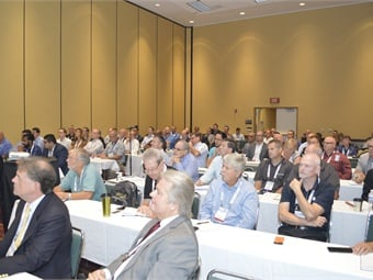 The packed electric bus session at BusCon.