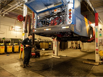 Lacking a national effort to help recruit bus technicians to transit, agencies are left to their own devices to make the case that working on transit buses.