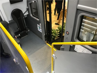 The CRT LE low level entry vestibule accessible by a second door at the midpoint of the coach includes seating for five passengers, allowing for up to two secured mobility devices and an attendant. Photo: METRO Magazine