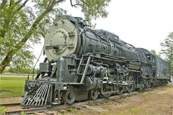 Photos of locomotive 3463 after (pictured) and before (below) SRI's cosmetic restoration and stabilization. Courtesy of Coalition for Sustainable Rail.