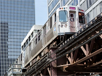 Chicago Transit Authority's 'L' train. Photo: DePaul University-Jeff Carrion