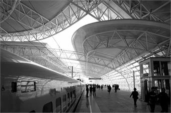 Kunshan South Station by ROSS HONG KONG via Flickr