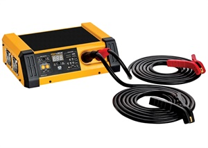 Clore says the new Pro-Logix PL6100 delivers massive power with minimal voltage ripple, providing a clean flow of power to the vehicle without risk of programming interference.
