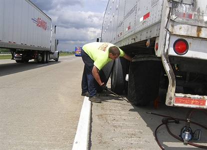 Survey respondents reported an averagefleet size of 112 vehicles, and approximately 97 flat tires per year.