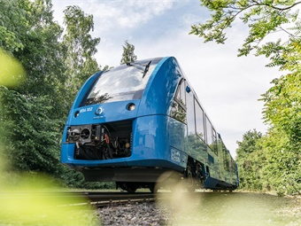 The Coradia iLint is the first low-floor passenger train worldwide powered by a hydrogen fuel cell, which produces electrical power for the traction. Photo: Alstom
