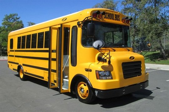 The e-Quest XL electric school bus, a Starcraft body on a Ford F59 chassis, uses a Motiv electric powertrain.