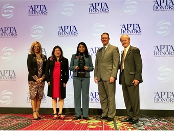 (L to R): DART EVP/Chief Administrative Officer Nicole Fontayne-Bárdowell; Vice Chair, DART Board of Directors Michele Wong Krause; DART AVP Innovation Tina Morch-Pierre; DART President/Executive Director Gary Thomas; and Christopher P. Boylan from APTA's Awards Committee.