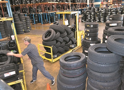When Plaza Tire moved to its new headquarters in 2008 it made the company's tire distribution more efficient. Previously the stock was divided between two buildings, and tires would have to be staged outdoors because there weren't enough doors for all the trucks.