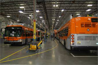 In February 2013, Los Angeles' Metro signed a contract with New Flyer for up to 900 Xcelsior 40-foot, heavy duty CNG buses.