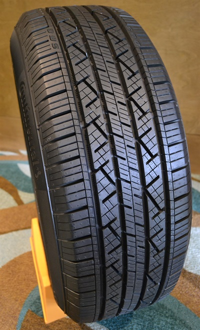 The new Continental CrossContact LX25 is a replacement-only tire.
