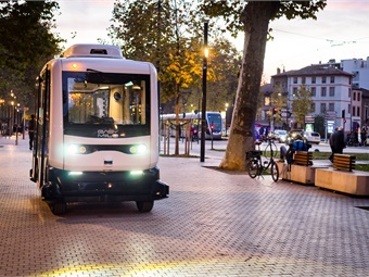 Even when autonomous fleets are widely adopted, it's certain that human employees will still be needed to carry out many of the tasks involved in drivers' daily jobs. Photo: Easy Mile