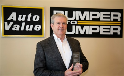 The Aftermarket Auto Parts Alliance was named the inaugural customer in the GCommerce Hall of Fame. Accepting the award for the Alliance was Dale Hopkins, vice president and chief information officer.