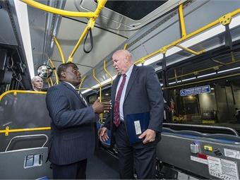SVP of Dept. of Buses Darryl Irick (left) speaks with Chairman Prendergast. Photo: Metropolitan Transportation Authority / Patrick Cashin