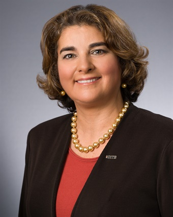 The election of Mendes marks the first time in APTA's 135-year history that the chair of the Legislative Committee is from a private-sector firm.