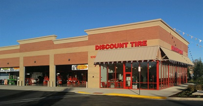 Discount Tire has entered the Virginia market with this first store in the greater Richmond area.