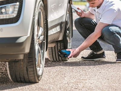 3D scans of a tire's tread can be viewed on a tablet, mobile phone or PC through a special TreadReader app.