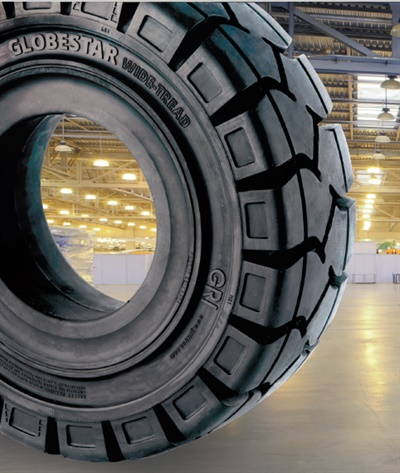 GRI says that the new GLobestar Wide Tread tire's handling, cornering and design make it ideal for electric and interanl combusion engine forklifts operating in regular material handling applications.