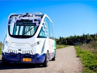 NAVYA's self-driving electric minibus of Helsinki bus line 94R. Photo: Milla Aman/Oscar Nissin