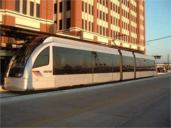 Houston was the first to select the S70 low-floor vehicle design, which was successfully inaugurated on its first 12-mile line in January 2004.Houston Metro