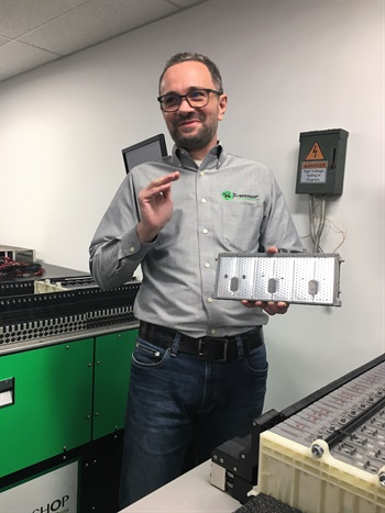 Martin Kruszelnickiwas a Hybrid Shop franchisee and in 2017 he bought the company after developing a better way to recondition batteries for hybrid vehicles and a less expensive way to add franchise partners.