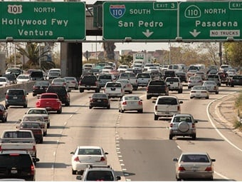 Los Angeles drivers spent 102 peak hours in congestion in 2017, followed by Moscow (91 hours), New York (91 hours), San Francisco (79 hours) and Bogota (75 hours). Photo: Wikimedia Commons/Myriam Thyes