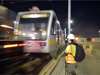 The SWY will have the capacity to store 56-light-rail vehicles, and encompasses a main shop, rail vehicle wash (similar to a carwash), cleaning platform, material storage building, wheel truing shop, and a paint and body shop building. Metro/Luis Inzunza