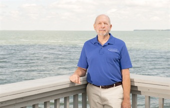 Dr. Jack Scott, CEO of Canadus Power Systems, is a metallurgy and electro-chemical expert who has developed a patented vehicle battery desulfator that can reduce electrical system failures, emergency road repairs and vehicle downtime by up to 75%.