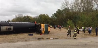 A training exercise for the School District of La Crosse(Wis.) showed transportation staff and students the importance of school bus evacuation training. Photo courtesy Michael Wohlfert