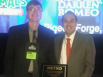 Kevin Lamers (left) was on hand to recieve the award from METRO's Managing Editor Alex Roman at this year's ABA Marketplace.