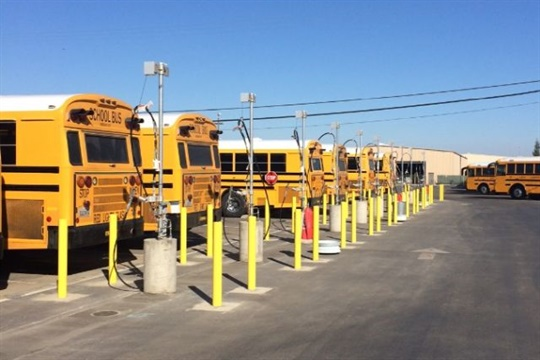 California District Launches Cng Fueling Station Alternative Fuels