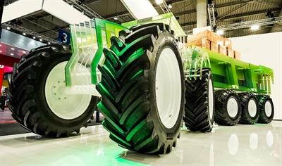 BKT displayed its latest-generation flotation tire, the V-Flexa, at Agritechnica.
