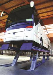 MAHA USA's new Mobile Column Lifts are the KAR 250, KAR 350 and the Wireless Mobile Column.