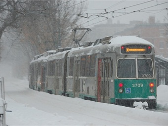 A Green Line trolley departs from St. Mary's Street stop. Photo: MaxVT via Flickr