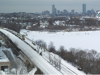 MBTA Snow Removal Red Line, Quincy, February 18, 2015. MassDOT photo.