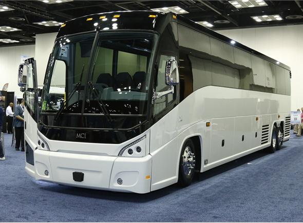 Mci j4500 motorcoach metro magazine for Motor coach driving jobs