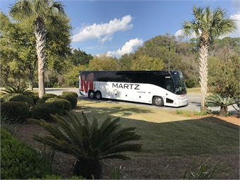 For its new 2018 models, Martz ordered the programmable interior color lighting, Wi-Fi and power outlets, the new rear window option and comfortable seating for 60 on its new, expansive J4500 coaches.